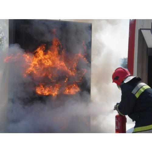 Curs D'Extinció D'Incendis amb Focs reals de sòl.lids, líquids i gasos inflamables